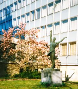 ITU_staty_Frekvensernas_hjälte_Genève_mars_1998_beskuren