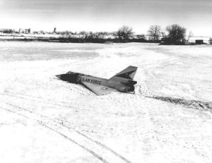 F-106_unmanned_landing